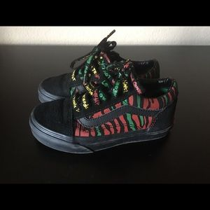 A tribe called quest size 11.5c
